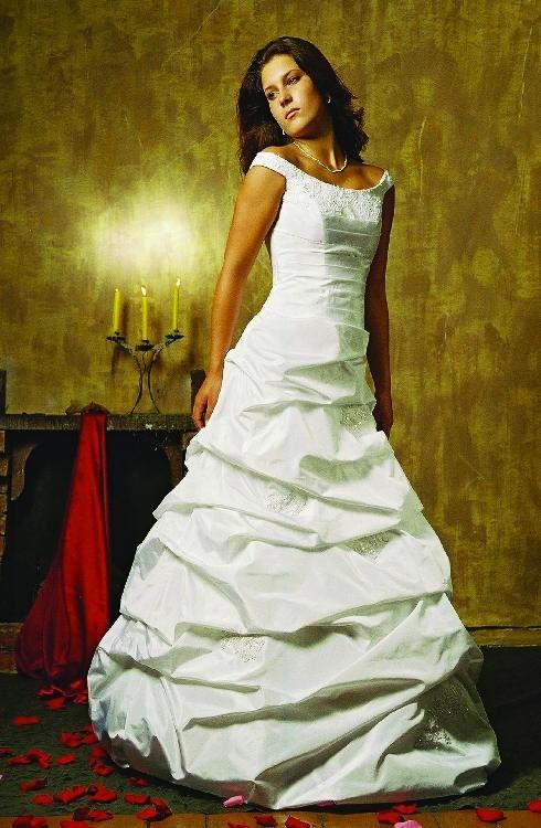 Свадебные платья Модель «Грация»