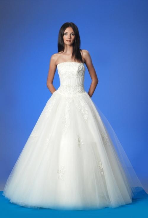 Свадебные платья Платье  Модель M949