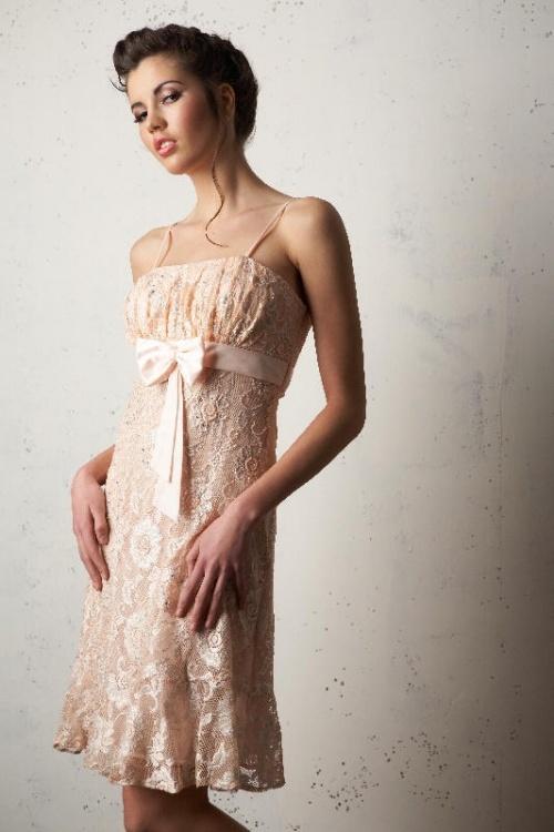 Платья Модель J 938