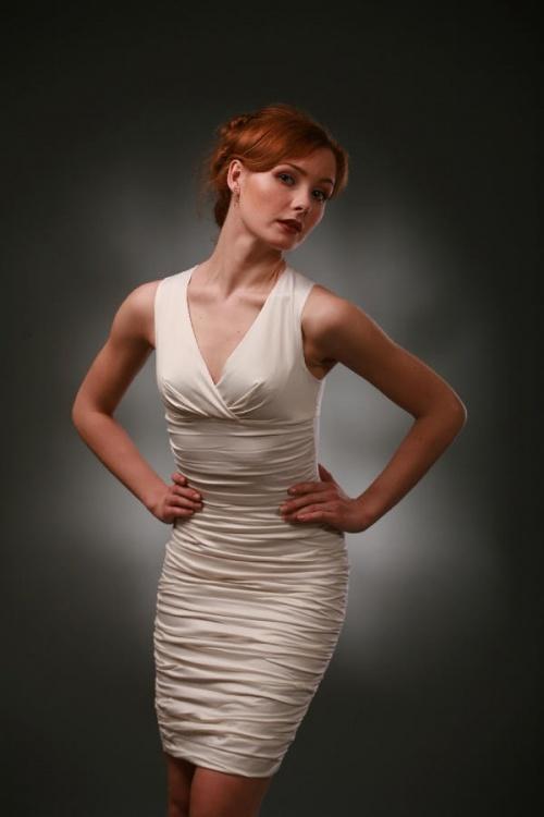 Платья Модель T 146 W