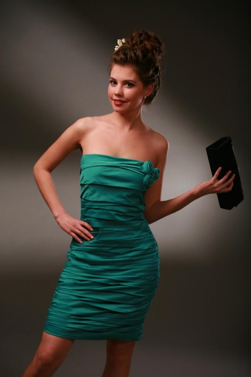 Платья Модель T 153 G