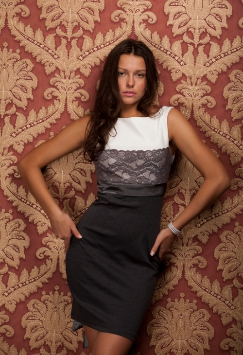 Женские платья Платье  Модель T 203