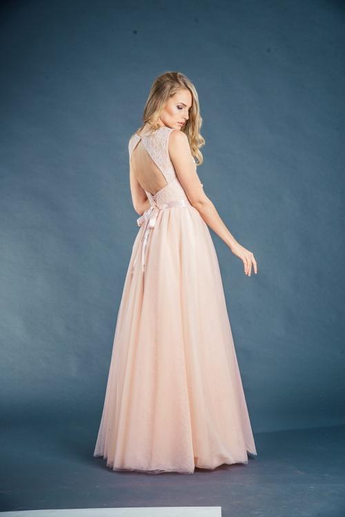 Женские платья Платье  Модель UN 26
