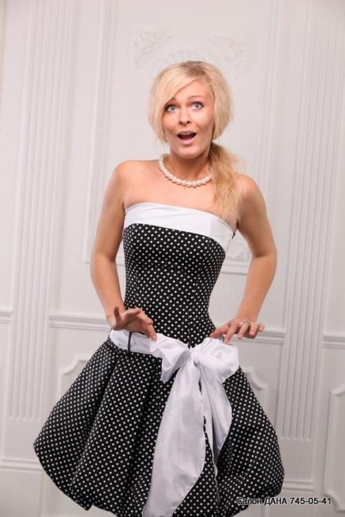 Женские платья Платье  Модель U60