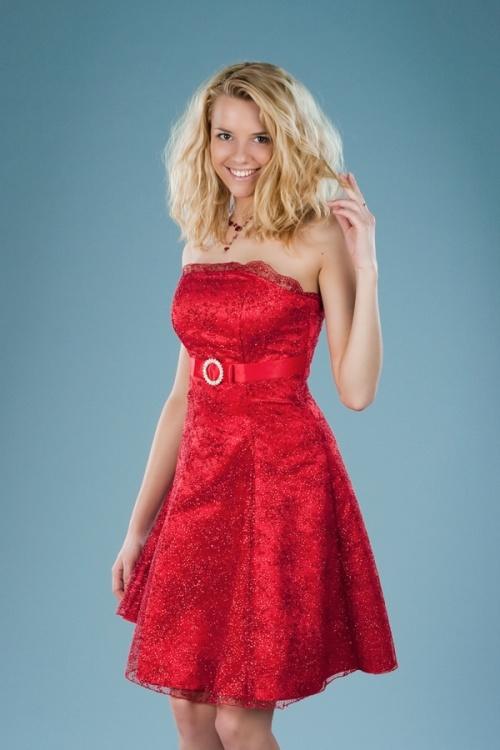 Платья Модель Настенька - красное