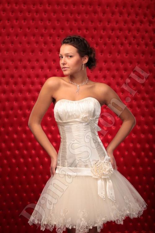 Женские платья Платье  Модель U 110