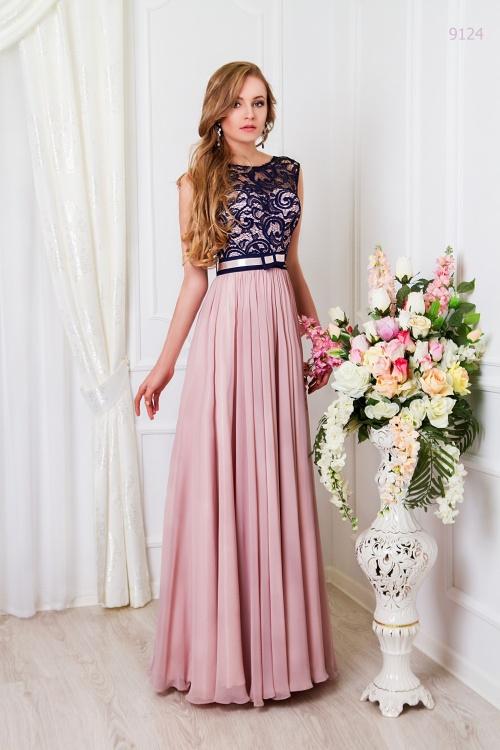 Женские платья Платье  UN 390