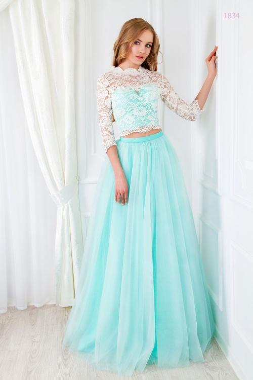Женские платья Платье  UN 382