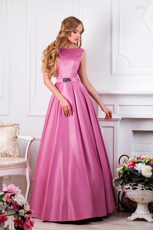 Женские платья Платье  UN  380