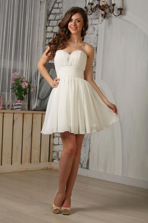 Женские платья Платье  UN23