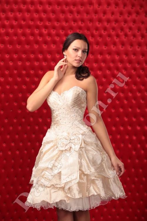 Женские платья Платье  Модель U 129