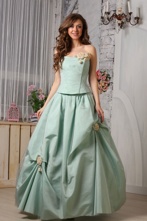 Платья Модель U356
