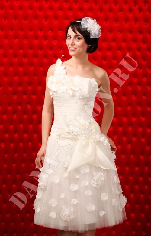 Свадебные платья Модель U 78