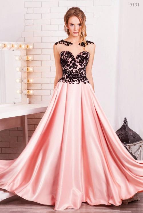 Женские платья Платье  UN 408
