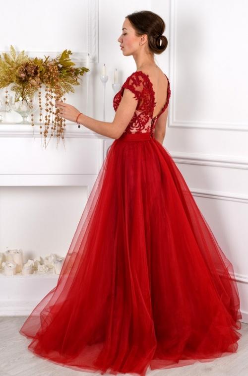 Женские платья Платье  UN 411