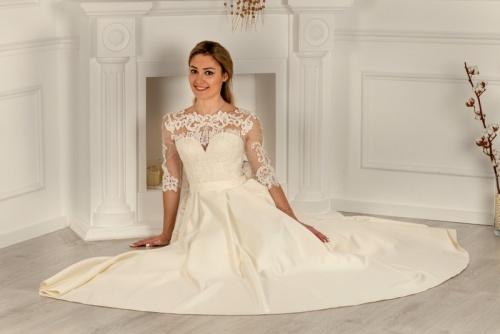 Свадебные платья UN 420