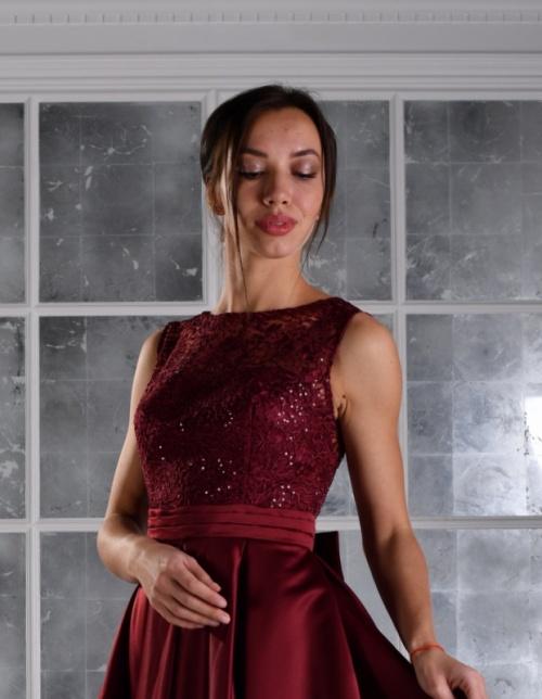 Платья Модель UN 432
