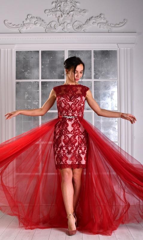Женские платья Платье  UN 434