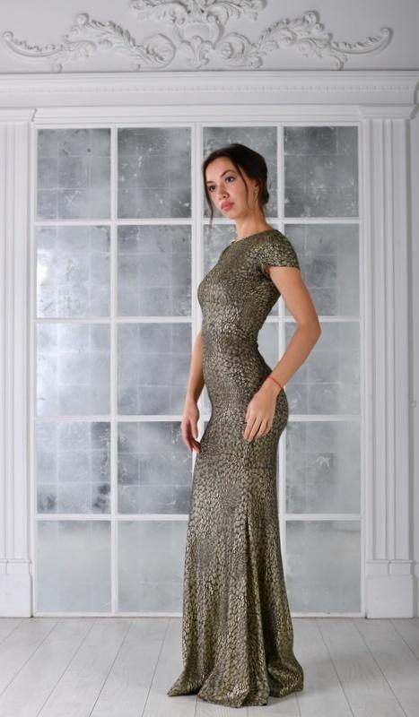 Женские платья Платье  UN 436