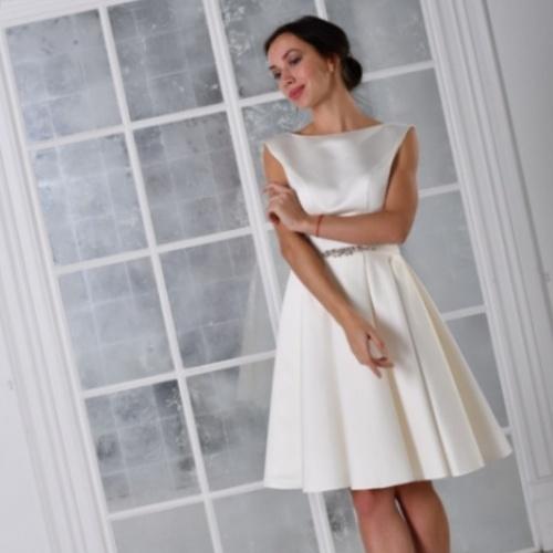 dc74ee33a10e222 Короткие свадебные платья