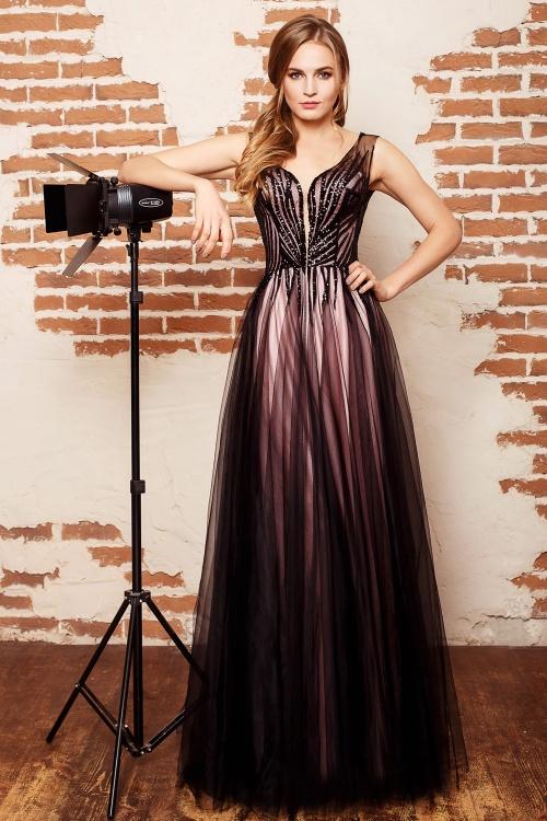 Женские платья Платье  UN 505