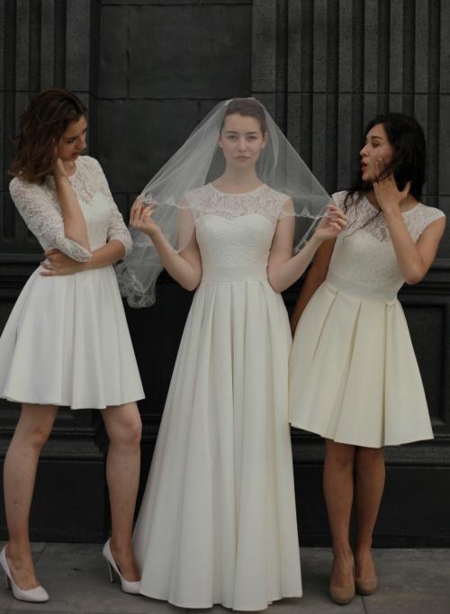 Свадебные платья Тэкера длинное