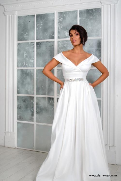 Свадебные платья Хейли